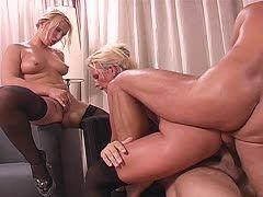 Blonde Ehefrau Ficken Zwei Kerle